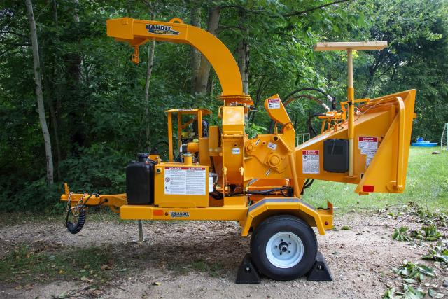 Where to find BRUSH CHIPPER  6 in Centerville